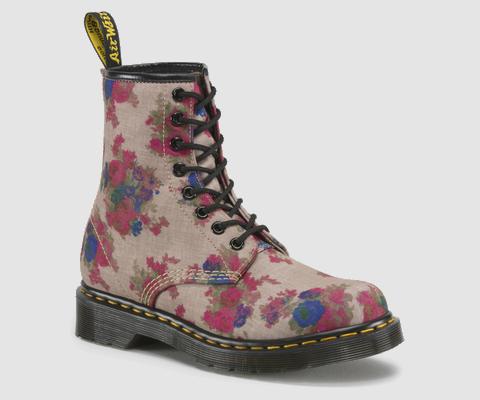 90s fashion comeback boot