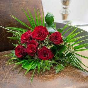 Flowers for Valentines Day, valetines day flowers, valentines day flower sale, lovesales